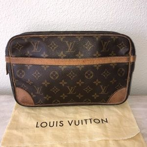 Authentic louis vuitton cosmetics clutch bag case